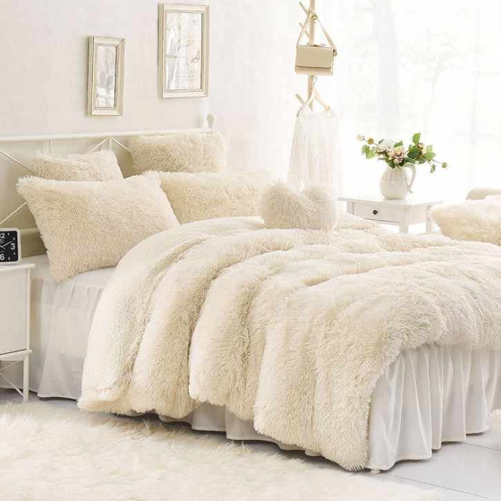 White- Ultra soft velvet duvet cover + Pillowcases