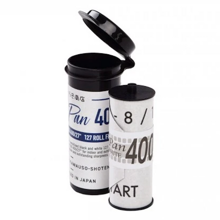 Rera Pan and HP 400 are currently the only black and white films in 127 format on the market. You can finally grab the Baby Rolleiflex from the back of the closet. Rera Pan 400 is a traditional high-speed black and white film.