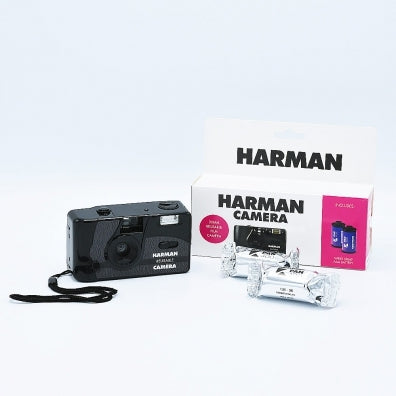 Harman Reusable Camera + Flash & 2x Kentmere 400 B&W 36mm