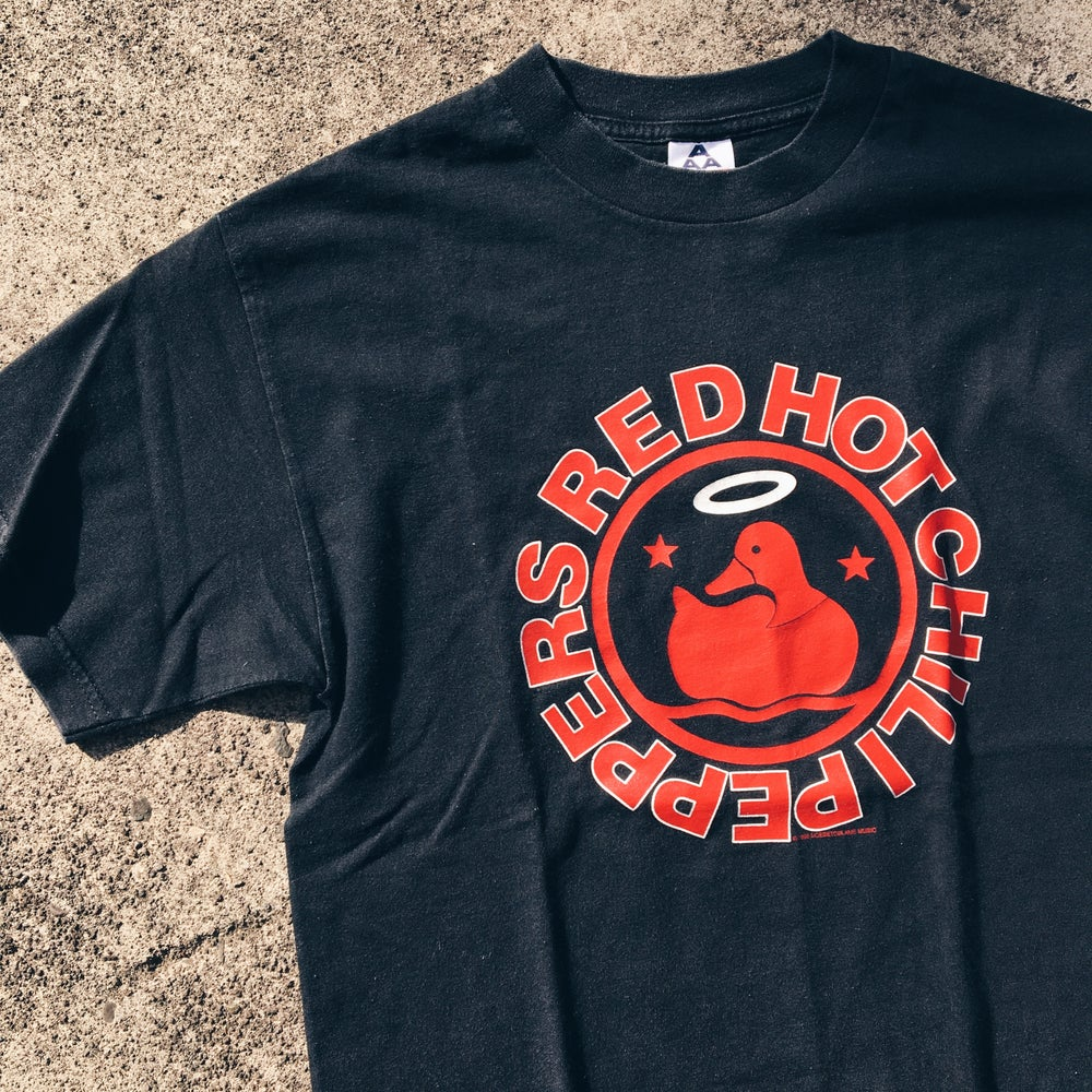 Original 1998 Red Hot Chili Peppers Californication Tee.