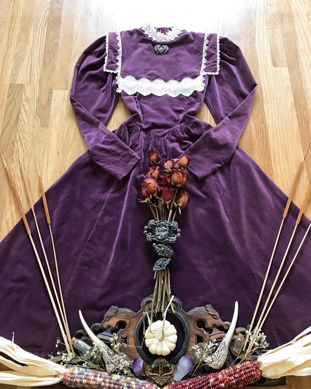 Authentic 1970's vintage purple velveteen Gunne Sax midi dress..