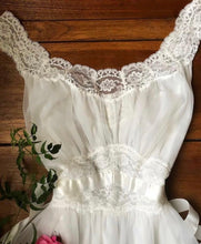 Load image into Gallery viewer, Authentic 1960's white chiffon Vanity Fair peignoir nightgown and robe set