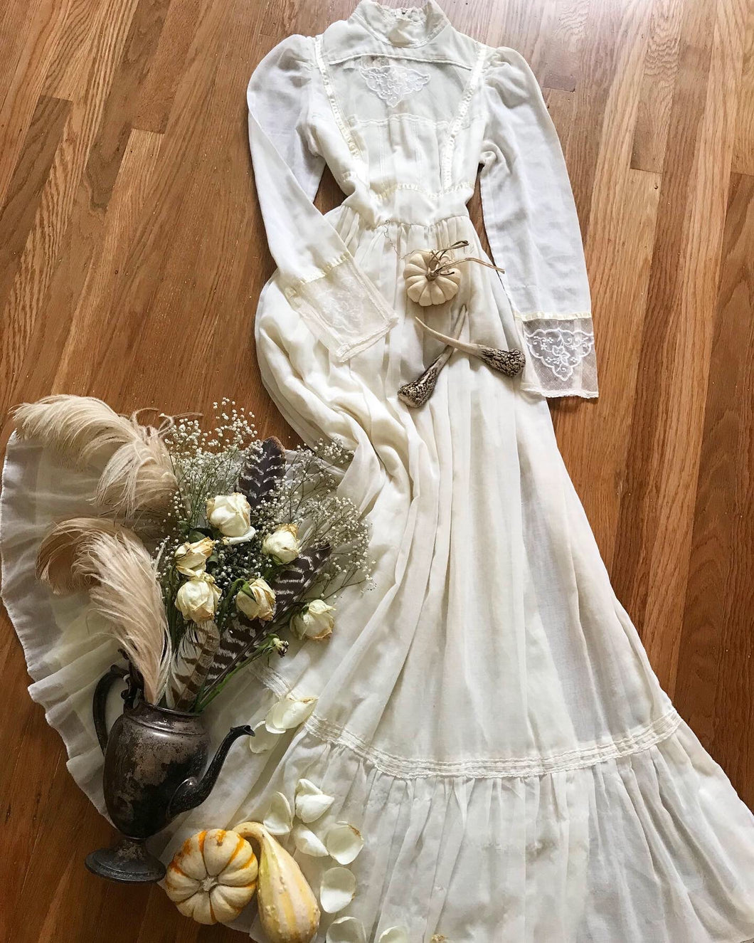 Authentic 1970's vintage ivory voile Gunne Sax maxi dress