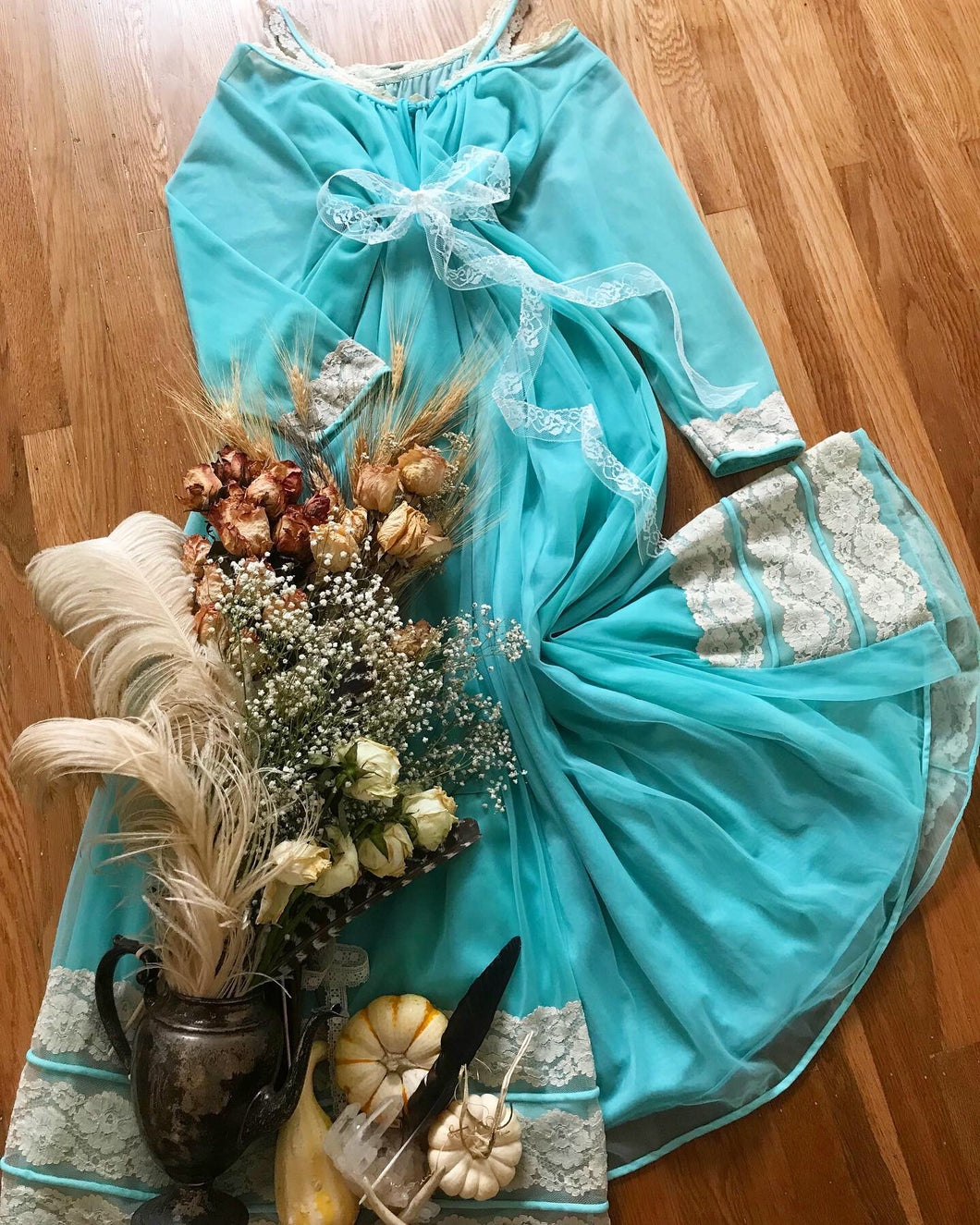 Authentic 1970's vintage Intime of California robe and nightgown set