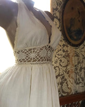 Load image into Gallery viewer, 1970's vintage ivory poplin and crochet Gunne Sax halter sundress