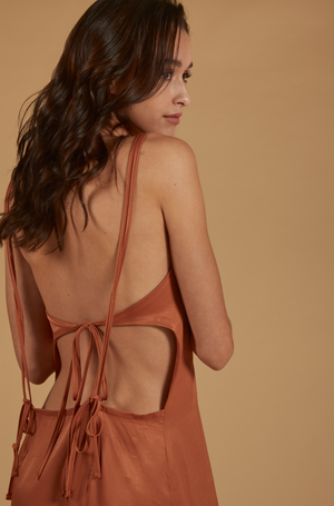 Load image into Gallery viewer, SLIP OPEN BACK DRESS
