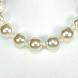 Pearl beads and chiffon necklace