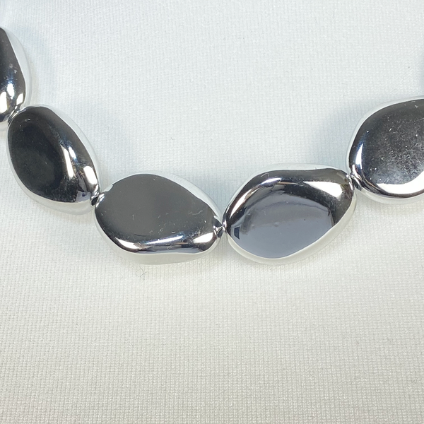 Silver chunky stones necklace