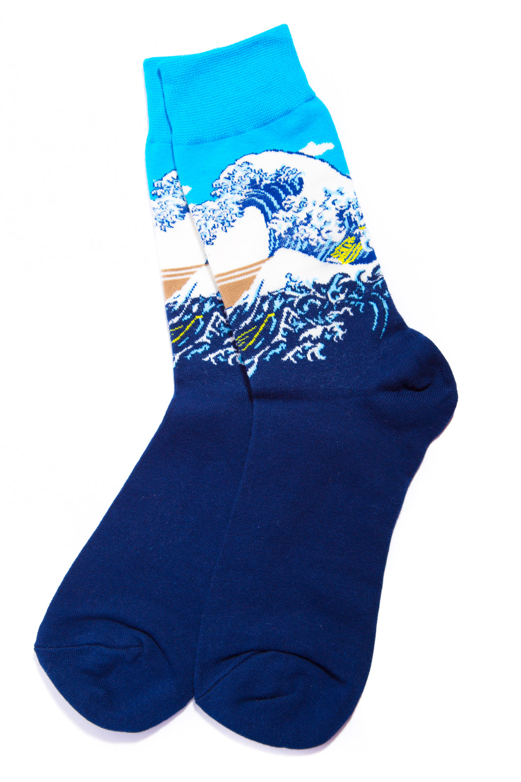 the great wave artwork socks