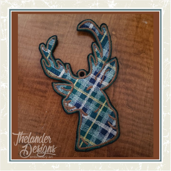 T1733 Plaid Deer Ornaments