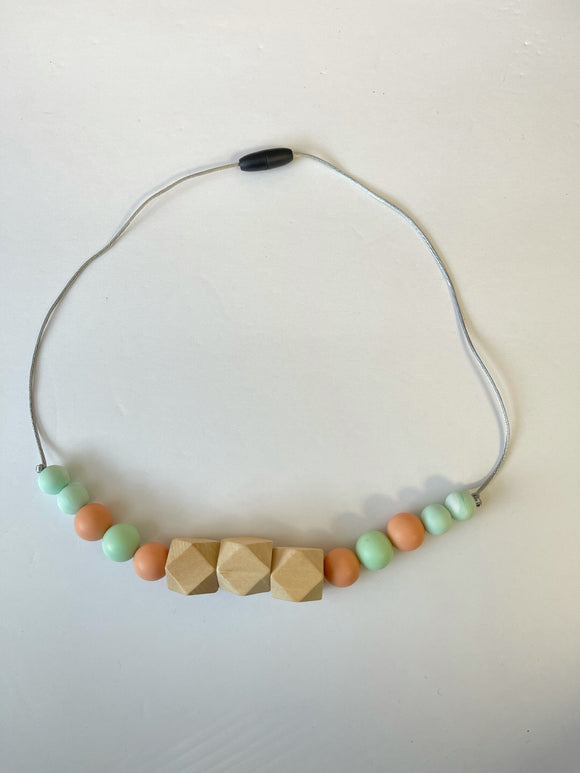 Teething /Breastfeeding necklace