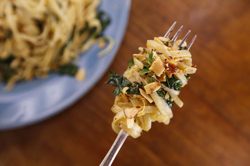 Garlic and Oil Spaghetti with Kale and Almonds
