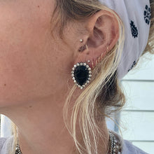 Load image into Gallery viewer, black rhinestone vintage earrings