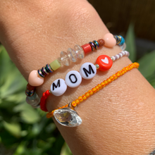 Load image into Gallery viewer, mom bracelet