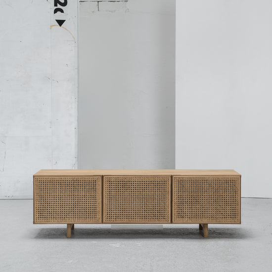 Hans K Racquet Media Bench at EDITO