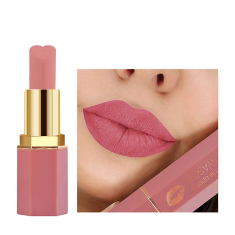 Long-lasting non-stick matte lip balm moisturizes, is waterproof, waterproof, multi-color sexy red heart lip gloss
