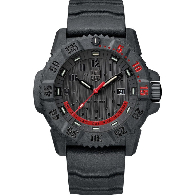Luminox Master Carbon Limited Edition XS.3801.EY