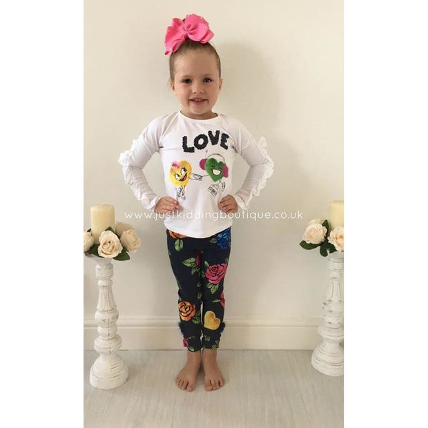 Elsy Aw18 Winter Friends & Roses Leggings Outfit - Leggings Outfit