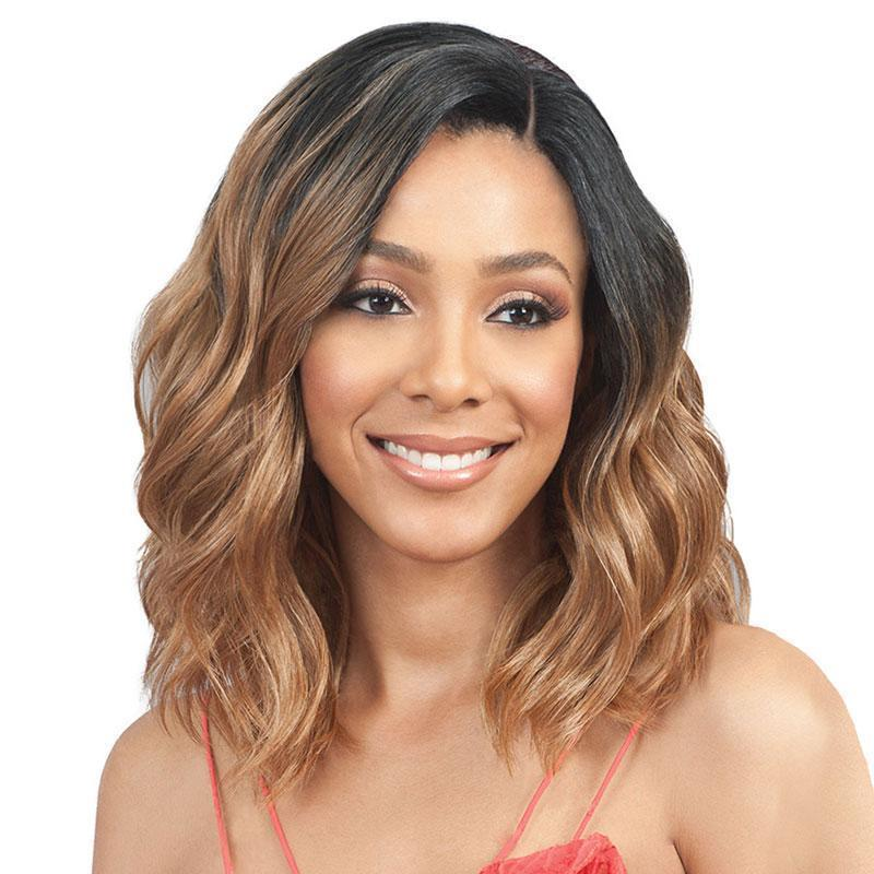 Long Wavy Heat Resistant Party Wigs Natural Looking
