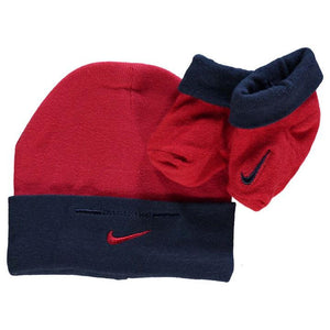 Nike red and navy hat and sock set