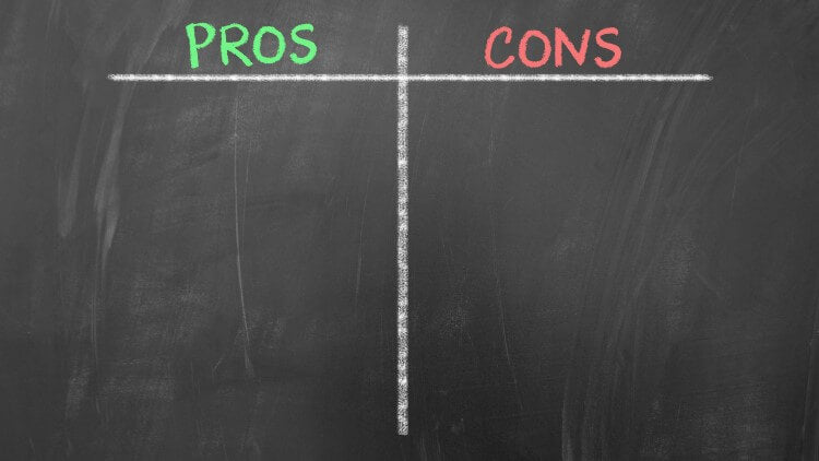 Blackboard with pros and cons column