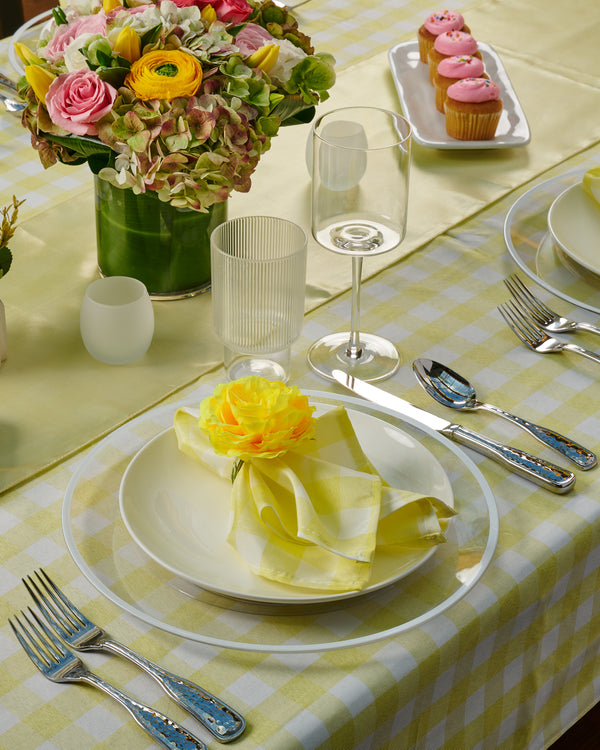 Cheerful Daffodil Tablescape