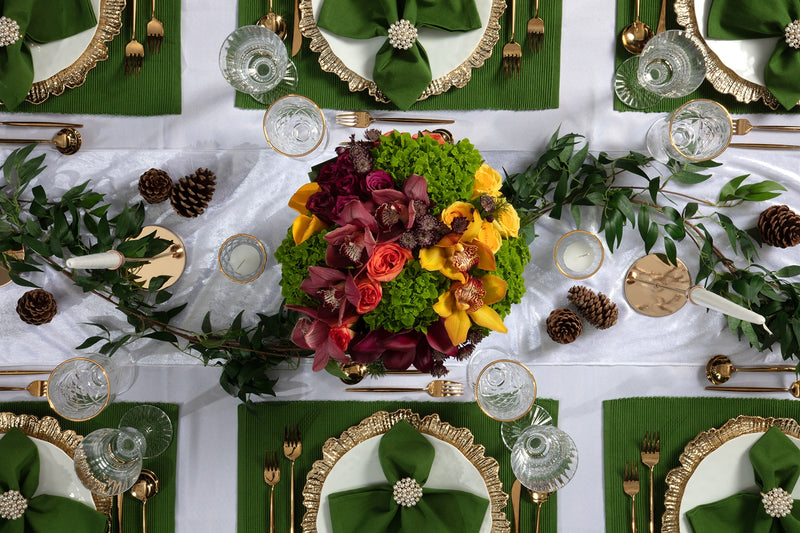 Angie's Tables overhead view of the Evergreen Tablescape kit with gorgeous floral display and green accents.