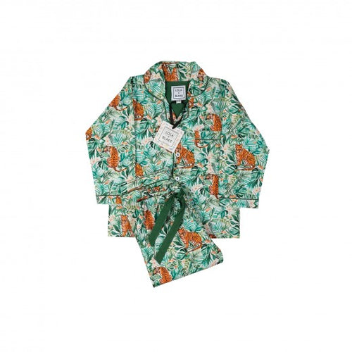 The jungle pyjamas are made from the finest 200 thread count, 100% cotton and finished with pearlised buttons, elasticated waist with a drawstring and a gorgeous emerald green piping for a classic look.