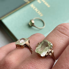 Load image into Gallery viewer, ANTIQUE STYLE RING WITH OCTAGON-CUT LIGHT GREEN SPINEL