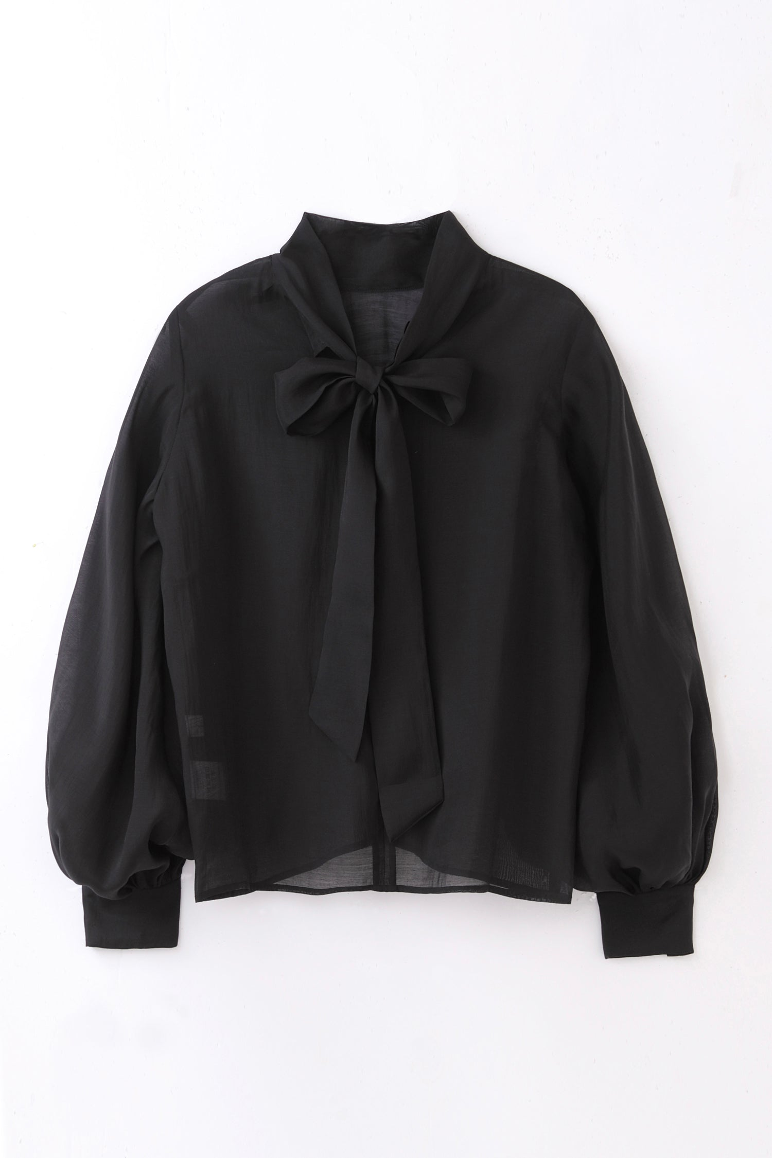 sheer ribbon blouse -black-