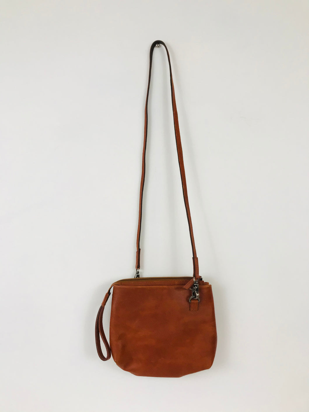 Royal RepubliQ Womens Leather Shoulder Bag | Small | Brown