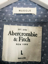 Load image into Gallery viewer, Abercrombie & Fitch Men's Patterned Muscle Fit Shirt | L | Blue