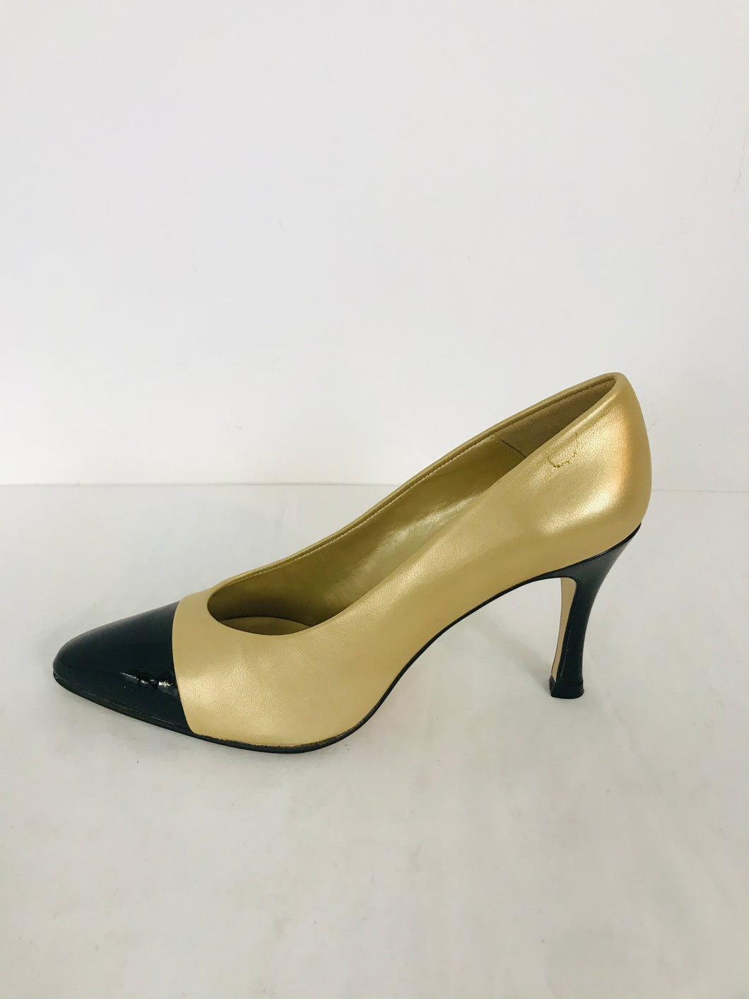 Morgan Taylor Two Toned Court Heels | 6 UK4 | Black and Gold