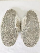 Load image into Gallery viewer, The White Company Women's Fluffy Slip-On Slippers | L UK7-8 | White
