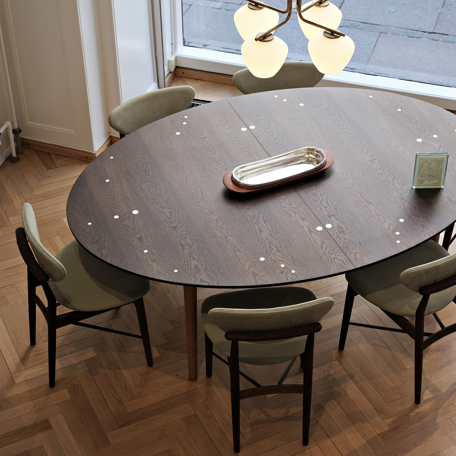 product-color-Silver Table