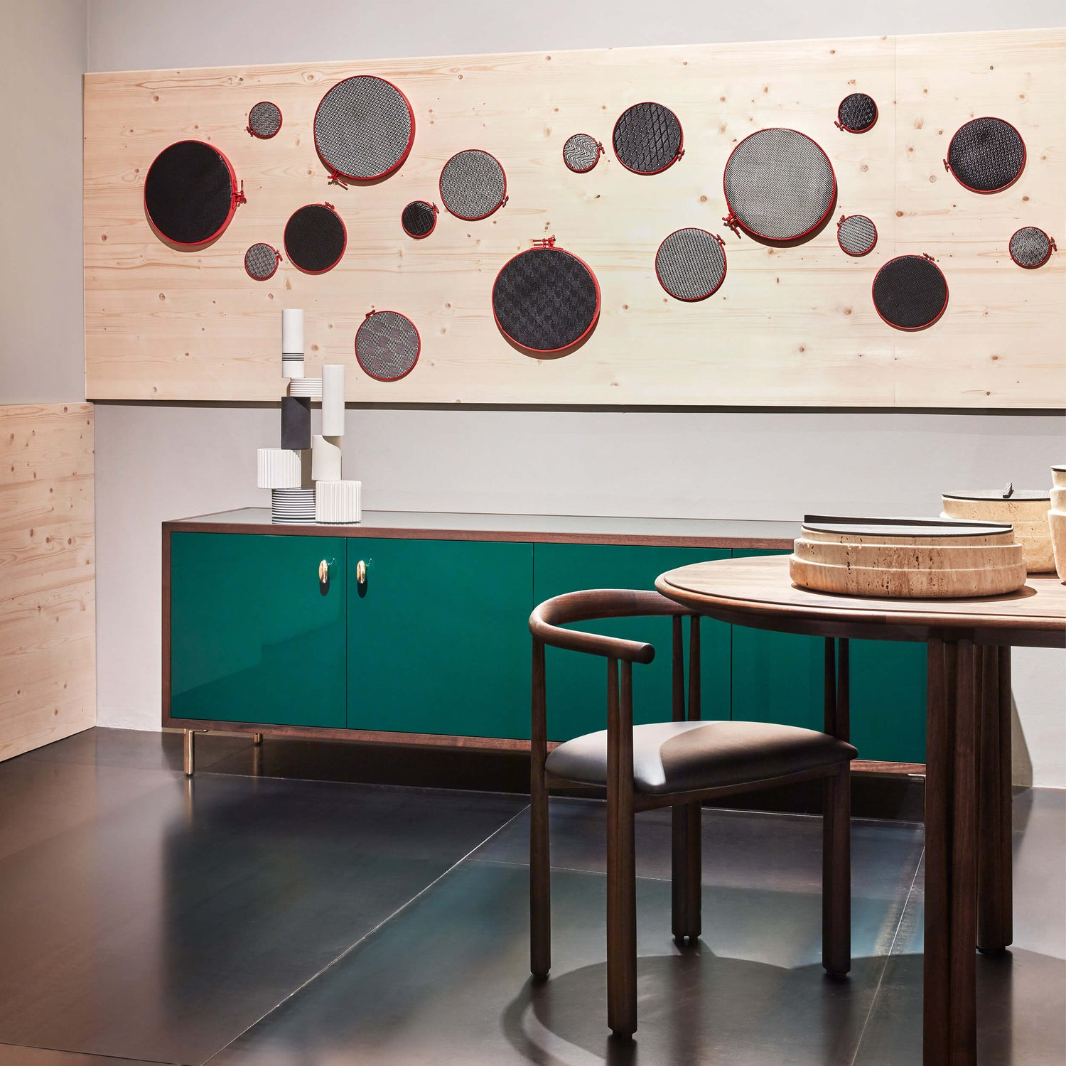 product-color-Verde foresta/Noce oliato nero,Green forest/Black oiled walnut