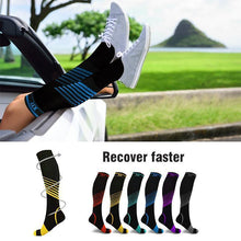 Load image into Gallery viewer, Extreme Fit Knee-High Compression Socks