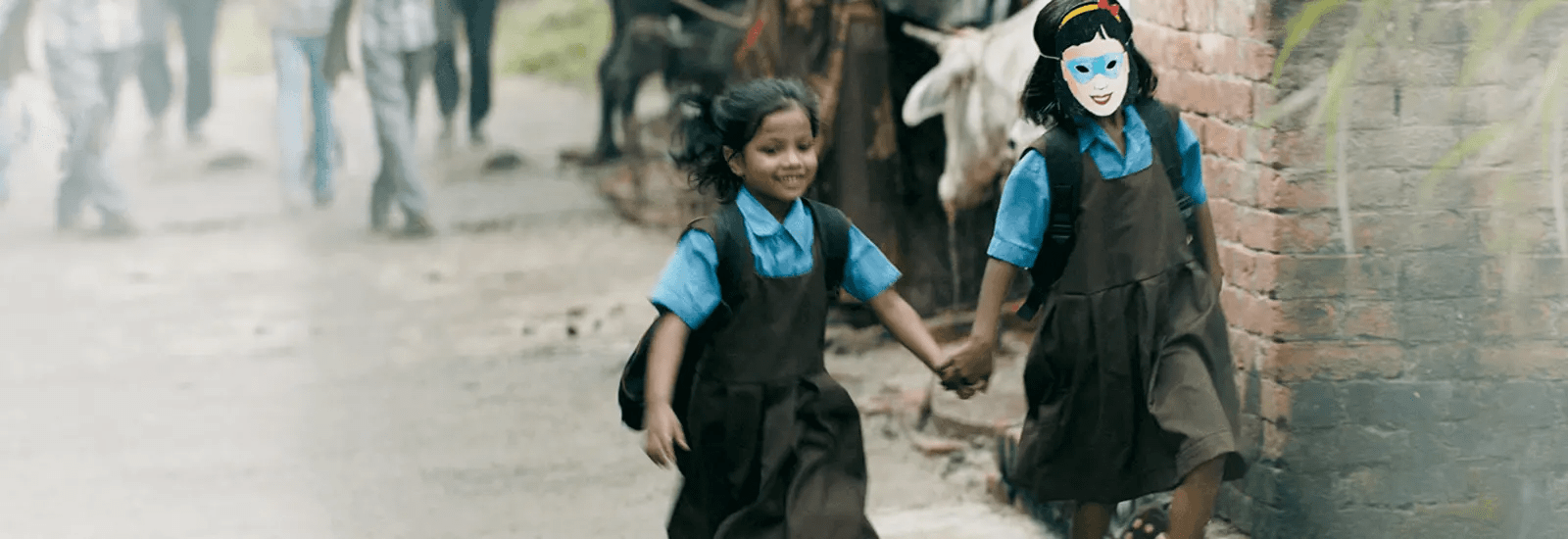 Social responsibilty - Kids going to school - The Himalaya Drug Company