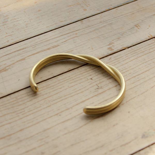 Twisted Cuff - Brass