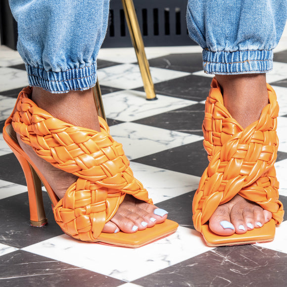 TINA QUILTED ORANGE HEEL