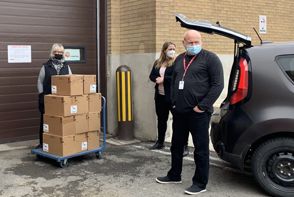 C6.ca donates essential items to Community Care of St. Catharines Thorold