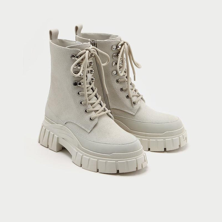 WOMEN'S PLAIN LACE-UP CANVAS CHUNKY BOOTS - Urban Revivo Fashion