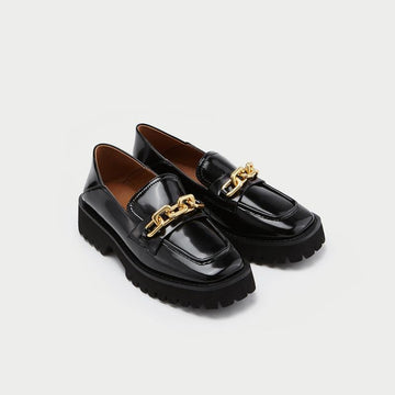 2021 BRITISH STYLE QUILTED CHAIN WOMEN'S LOAFERS - Urban Revivo Fashion