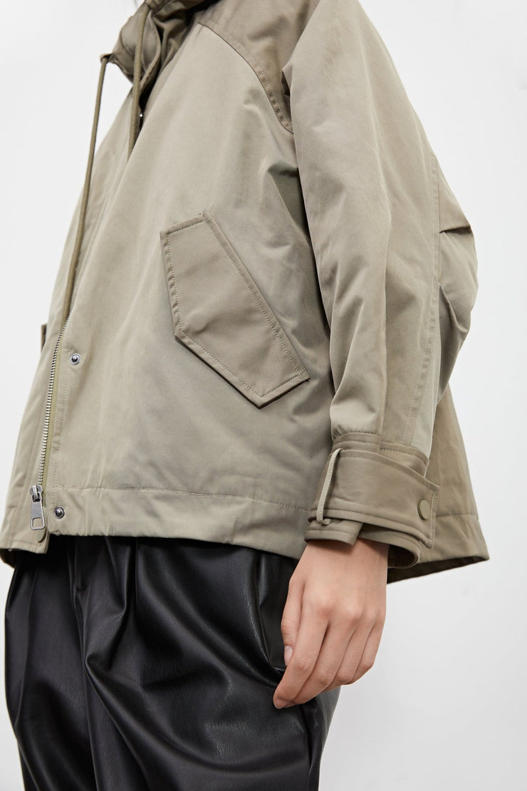 HOODED JACKET WITH POCKETS - Urban Revivo Fashion