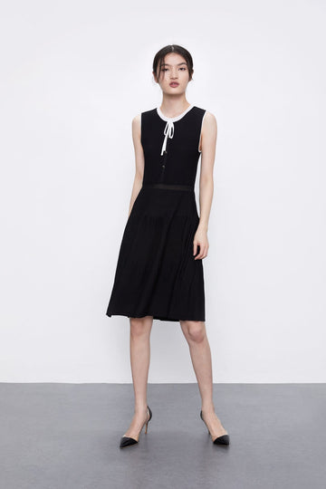 SLEEVELESS A-LINE KNITTED MIDI DRESS - Urban Revivo Fashion
