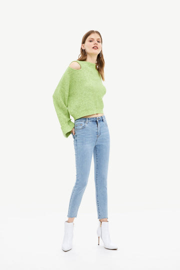 HOLLOW THREAD FLARE SLEEVE SWEATER - Urban Revivo Fashion