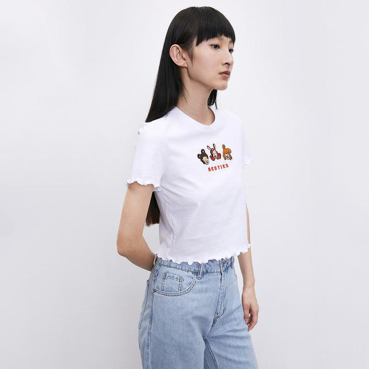 TRENDY EMBROIDERED SHORT T-SHIRT - Urban Revivo Fashion