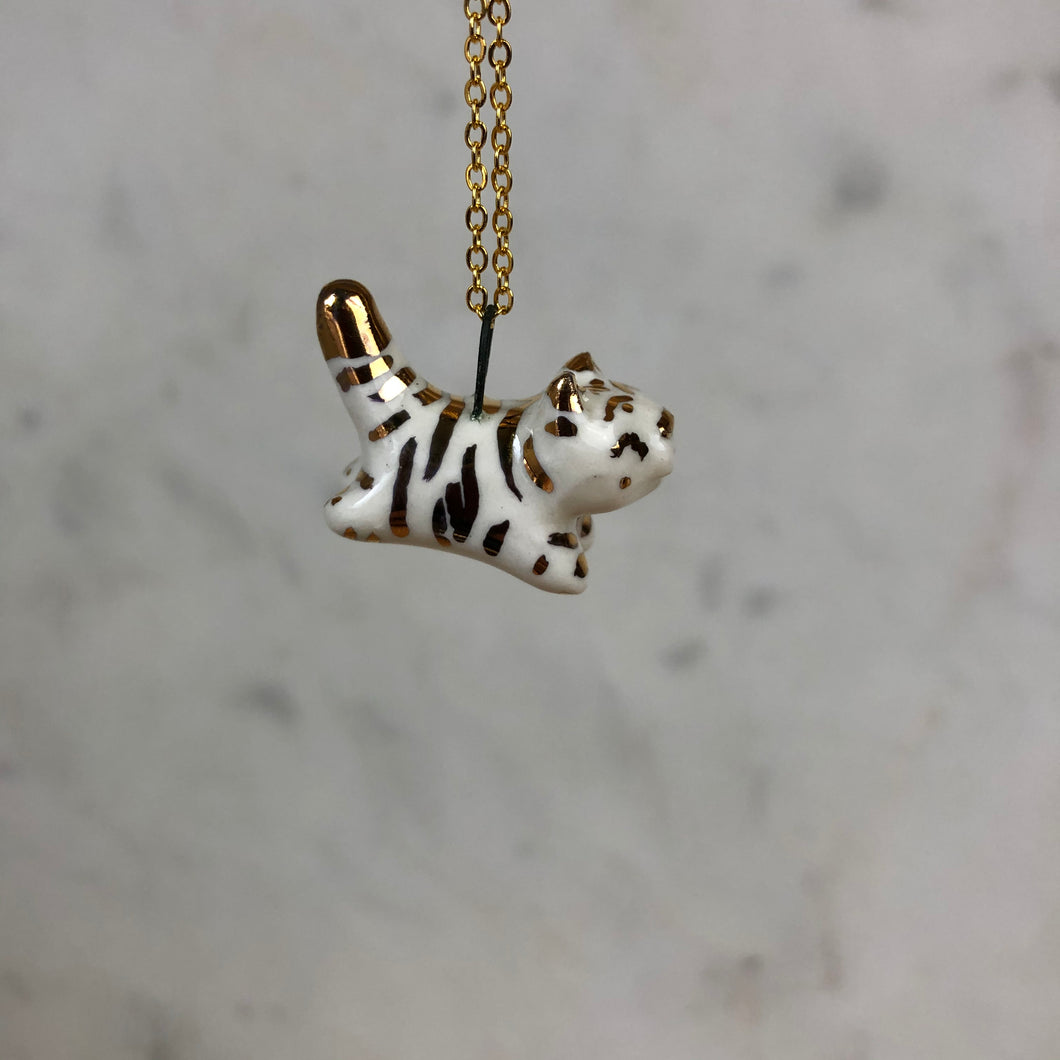 GOLDEN Tiger Pendent Necklace