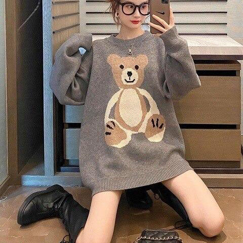 BEAR | Oversized Knitted Bear Sweater