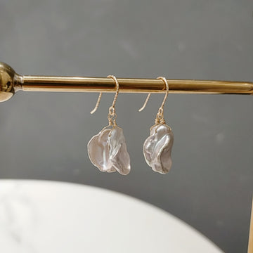 Fresh Water Mini Flower Petal Pearl Pierces / Earrings